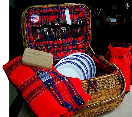 30155 pinic time highlander basket