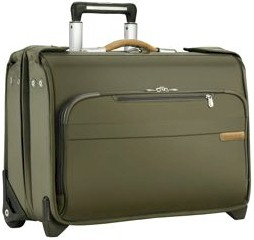 U174 Briggs & Riley Baseline Carry-On Wheeled Garment Bag