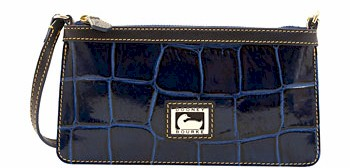 7U111 Dooney & Bourke Croco Wristlet