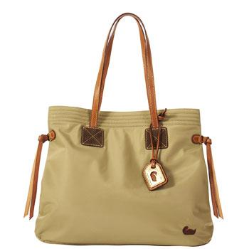 Fw483 Dooney Bourke Nylon Victoria Bag